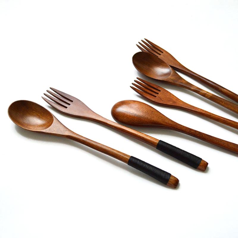 2 Pieces Wooden Dinerware Set